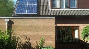 12 zonnepanelen te Nieuw Amsterdam