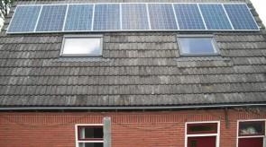 9 zonnepanelen te Klazienaveen
